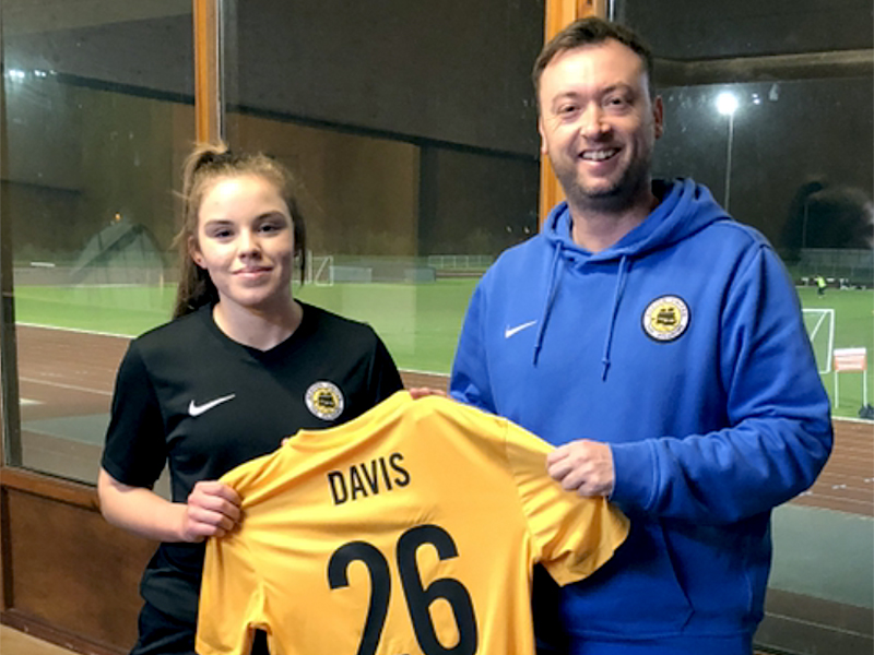 Sam Davis Boston United ladies football club